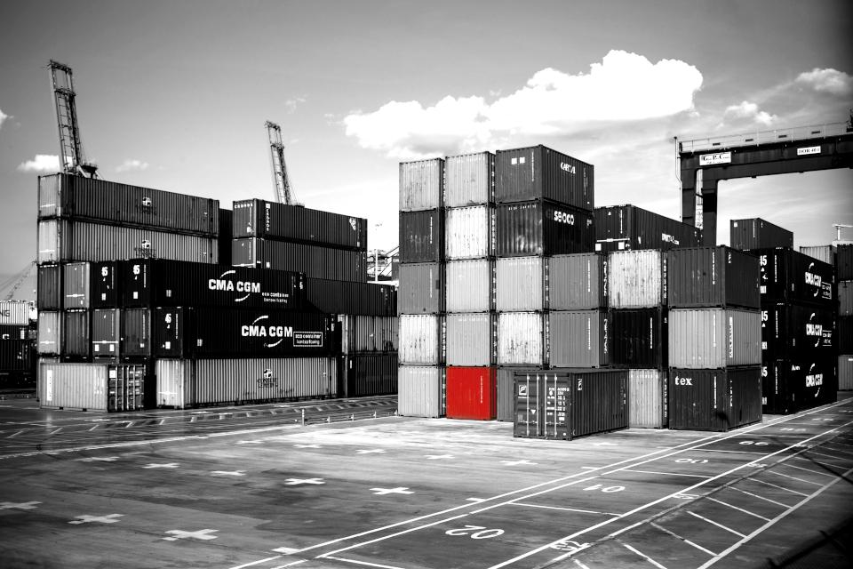 Wir bauen eine Containerplattform